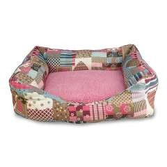 Cama Corazones y rayas para perros color Rosa